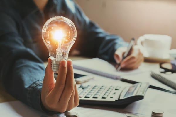 営業の生産性を向上させる必要性とその具体的施策とは?