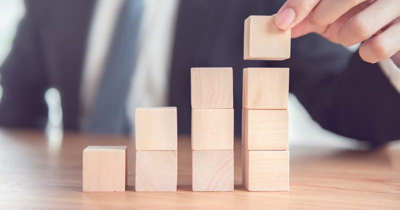 営業マンに必要とされる5つの能力とスキルアップを目指すために必要なこと